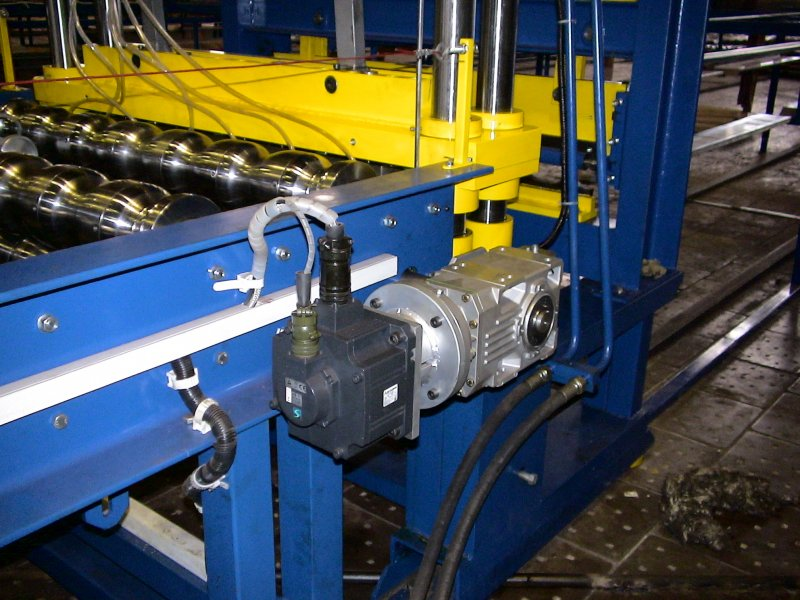 прокатный станок для металлочерепицы